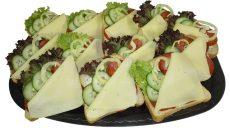 Szalámis-Sajtos party szendvics