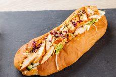 Óriás szendvics grillezett csirkemellel